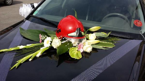 personnalisation voiture du marié pompier !
